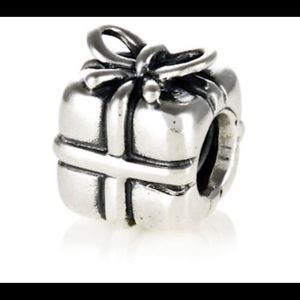 "Pandora ""Present"" Charm Sterling 790300 Retired"